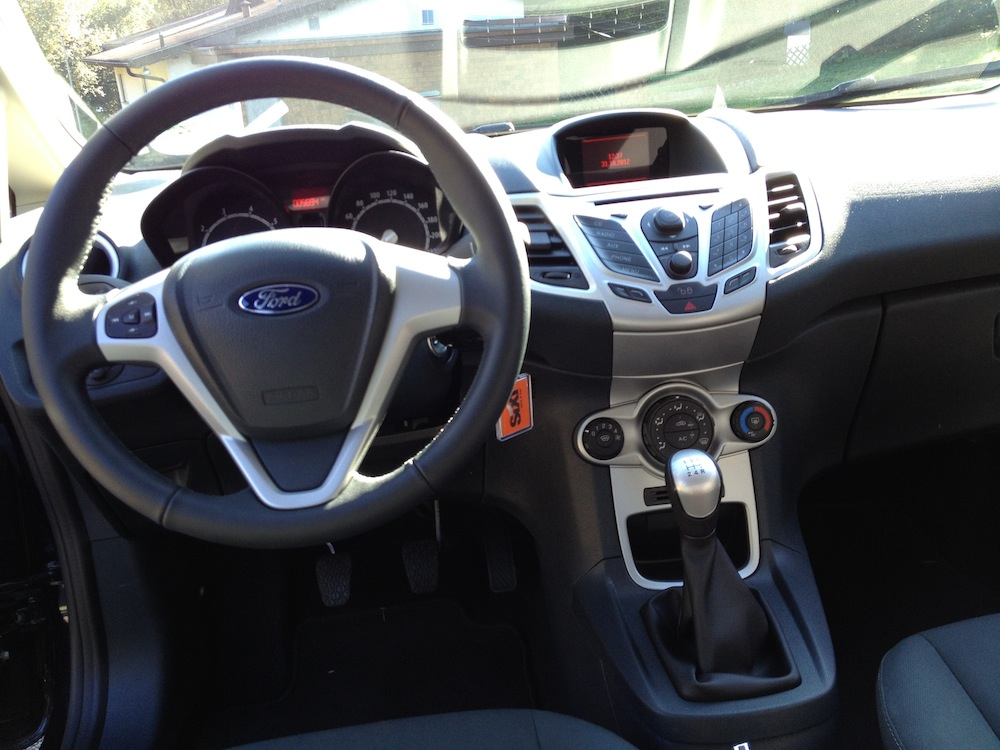 ford fiesta cockpit fahrr ckt. Black Bedroom Furniture Sets. Home Design Ideas