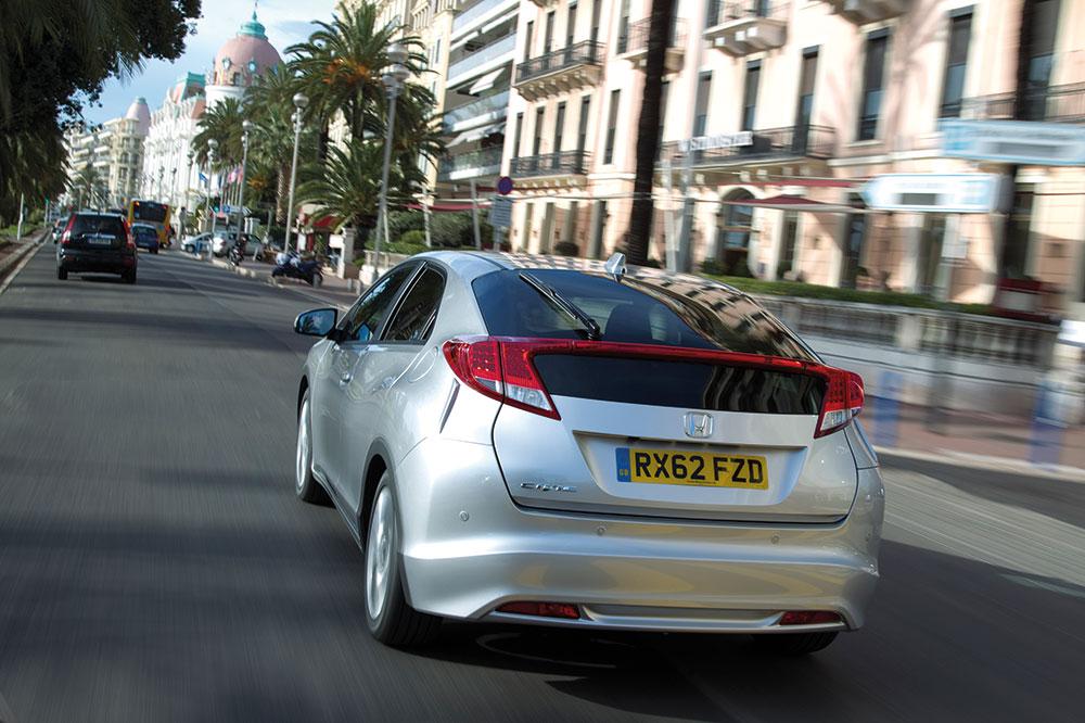 Honda-Civic-1.6-i-DTEC-2-Heck