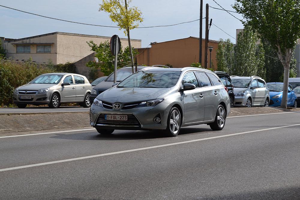 Toyota Auris Touring Sports Front Fahraufnahme