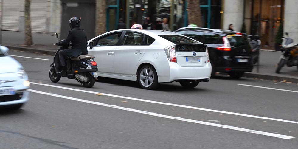 Paris13-Toyota-Prius-Taxi